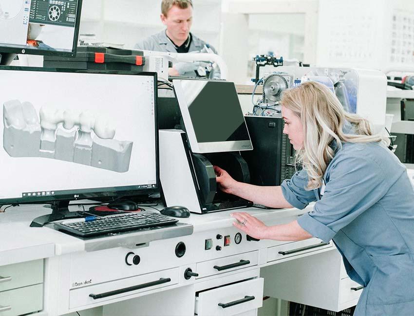 Stomadent Laboratory Environment